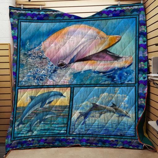 dolphin moment 3d customized quilt 0
